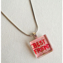 ART PENDANT - FRIENDS FOREVER 4 by THE NEWLIFE SHOP