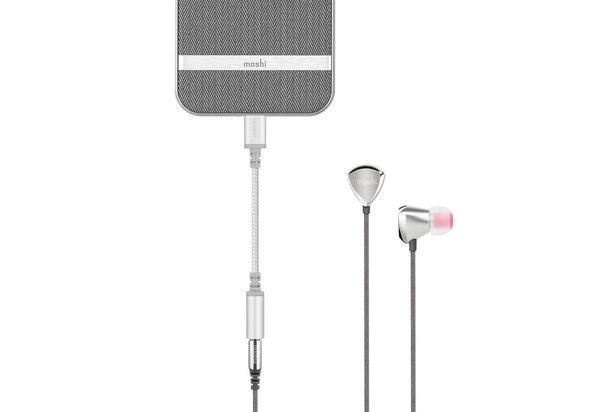 Moshi MSHI-L-023131Integra Lightning to 3.5 mm Headphone Jack Adapter