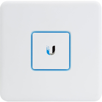 Ubiquiti Networks UniFi Enterprise Gateway Router with Gigabit Ethernet