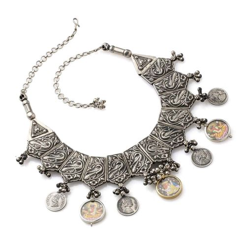 SILVER PEACOCK MOTIF HANGING NECKLACE SET