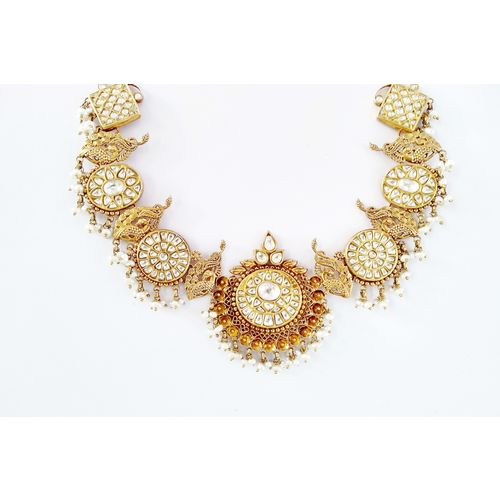 92.5 WHITE TAKKAR SILVER BASED NECKLACE