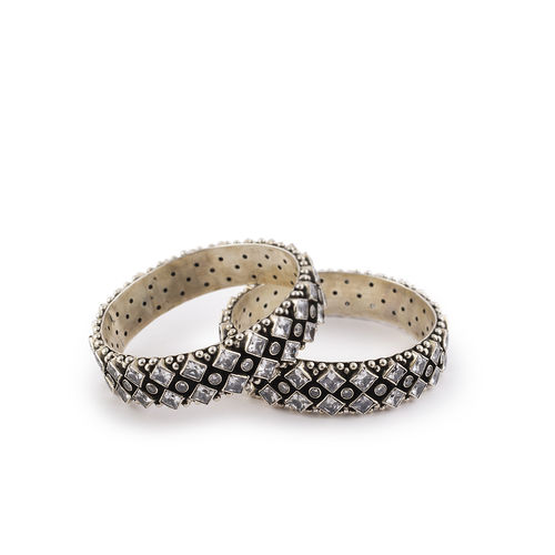 SQUARE SHAPE WITH ROUND CUT STONE SILVER BROAD BANGLES