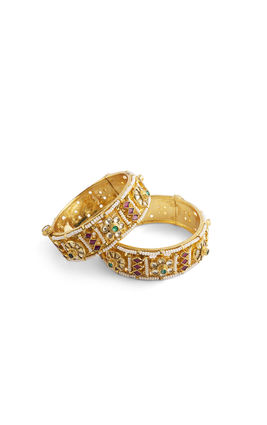 MULTI KUNDAN FLOWER BROAD BANGLES