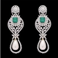 Diamond Earrings, 3.85cts, 18k 27.5gms, e/f-vvs