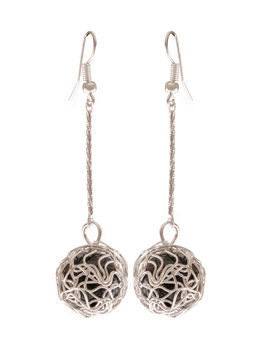 Eternz reve collection silver plated dangler with a black bead drop for women