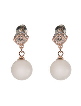 Eternz suave collection gold plated pearl drop earring for women
