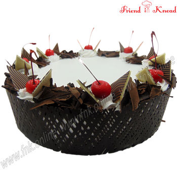 Elite Black Forest Cake, 0.5 kg, egg