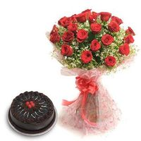 Roses N Chocolaty Love