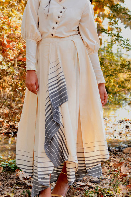 WHITE HANDKERCHIEF SKIRT
